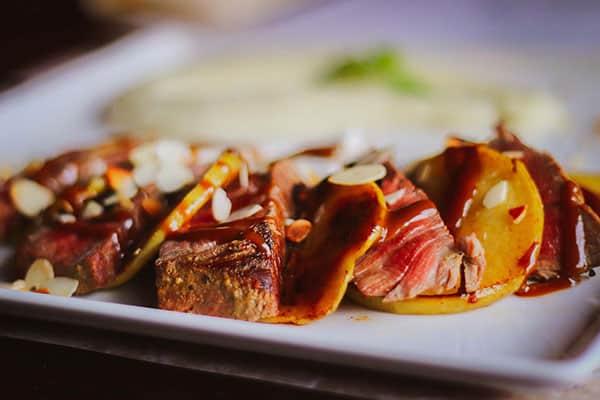 Biftek u restoranu Black George